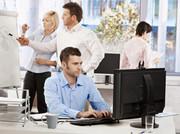 Примем специалиста с опытом работы в сфере информационных технологий.